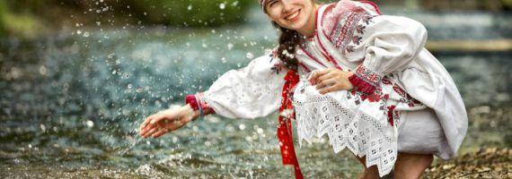 Славянские обереги для женщины: какой силой они наделены?