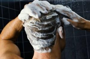 Мыть голову мужу