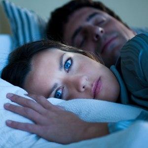 Видеть во сне жена изменяет мужу