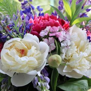 Много цветов в букете