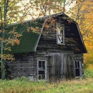 К чему снится старый дом по соннику, если жилище привиделось совсем обветшалое?