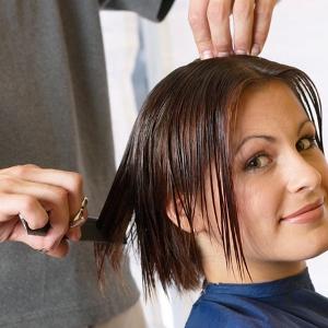 К чему снится во сне обрезать волосы
