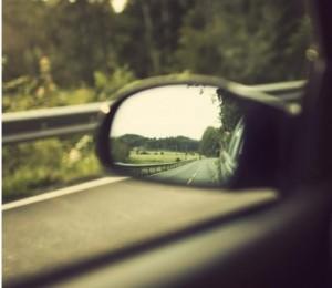 к чему снится знакомый мужчина на машине