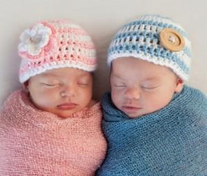 младенцы мальчик и девочка