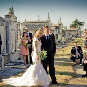 Чего ждать, если снится свадьба на кладбище