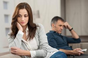 изменять мужу