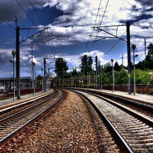 Узнаем к чему во сне снится железная дорога по толкованию сонника. На что обратить внимание?