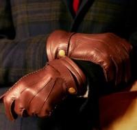 К чему обычно снятся перчатки – сонник расскажет о различных значениях сна.