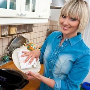 К чему снится посуда - значение сна посуда по соннику