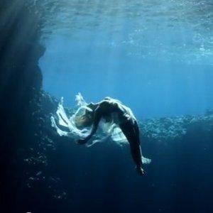 Тонуть в океане – толкование сновидения