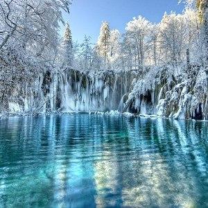 Увидеть озеро, покрытое толстым льдом