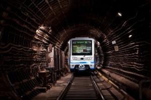 к чему приснилось метро