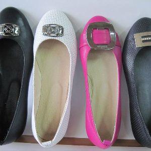 Рассмотрим к чему снится шикарная новая женская обувь, если прислушаться к толкованиям