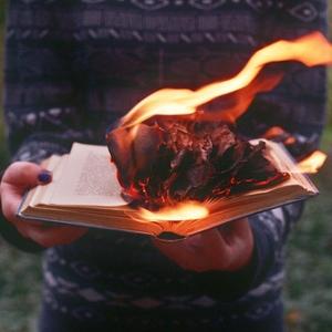 Гореть в огне – что предвещает такой сон