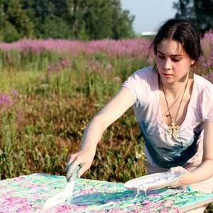 Узнаем что говорит сонник о том, к чему снится рисовать на холсте или предметах. Что думают астрологи?