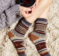 Рассмотрим к чему снятся рваные трикотажные носки – что на этот счет нам скажут знаменитые сонники?