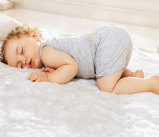 почему нельзя спать на животе ребёнку