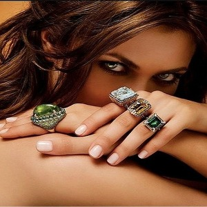 На каком пальце носить кольца женщинам