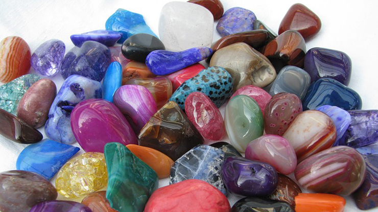Натуральные камни талисманы (обереги) по дате рождения и имени или знаку зодиака – как правильно выбрать?