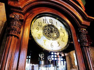большие часы остановились