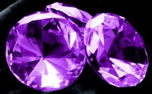 камни аметисты