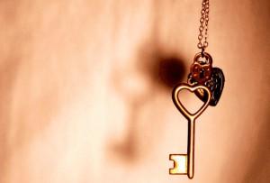 Примета находить ключи в самых разных местах: к удаче или грядущим проблемам?