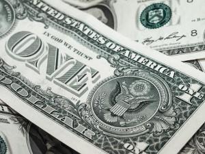 Как быстро при помощи заговора привлечь удачу и деньги в дом?
