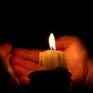 Определение сглаза с помощью свечи