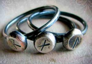 рунические браслеты для любви